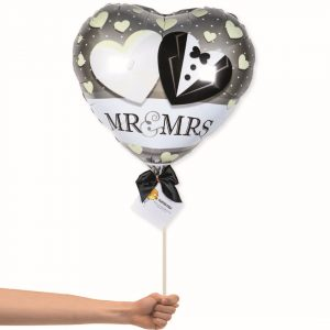 Newly-wed foil balloon